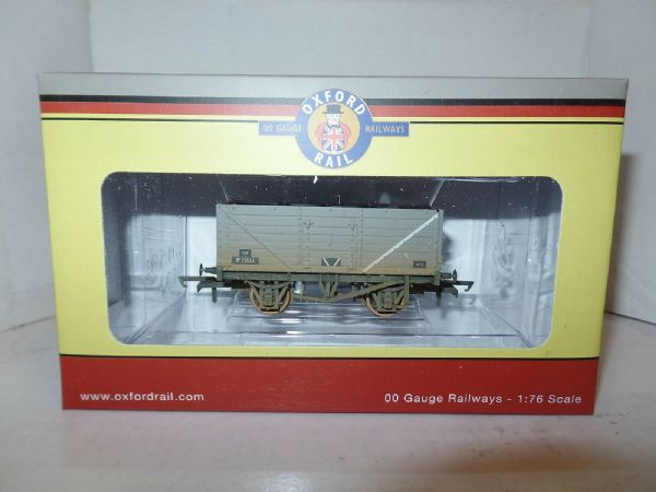Oxford Rail OR76MW7015B MW7015B 7 Plank Wagon BR British Railways Grey Weathered